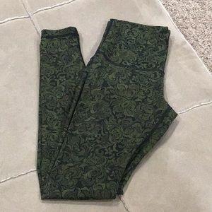 Lululemon leggings size 10.
